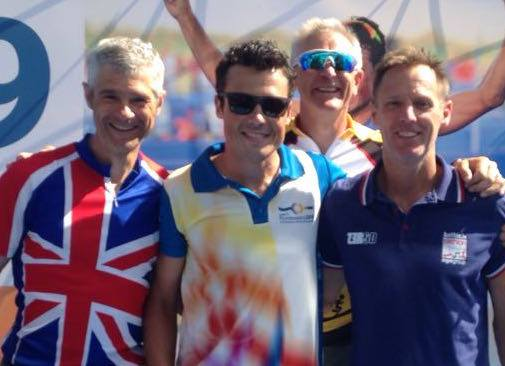 Triathlon Superstar Javier Gomez meets Mid Sussex's top GB age-groupers